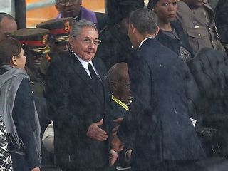 1386782484000-AP-APTOPIX-SOUTH-AFRICA-MANDELA-MEMORIAL-60452784